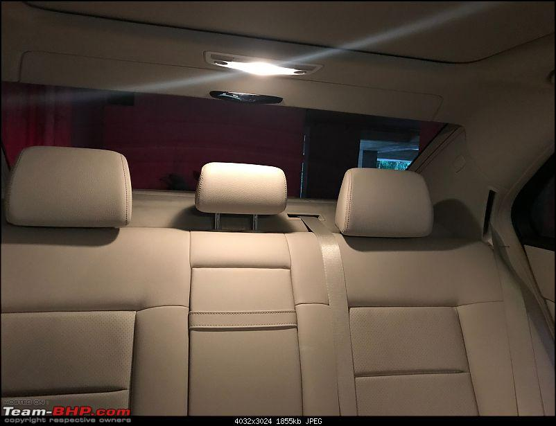 My Mercedes-Benz E350 CDI : The bad boy in a suit-10rear-bench-cabin-light.jpg