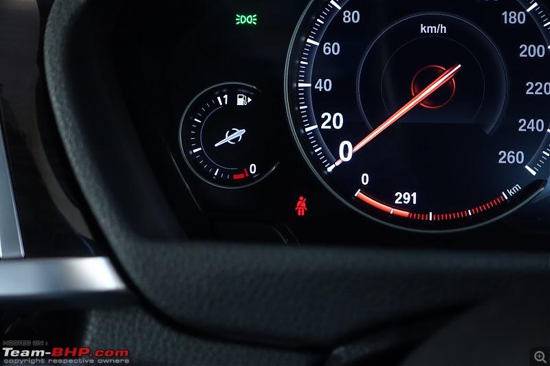 A GT joins a GT - Estoril Blue BMW 330i GT M-Sport comes home-seat-belt-warning.jpg