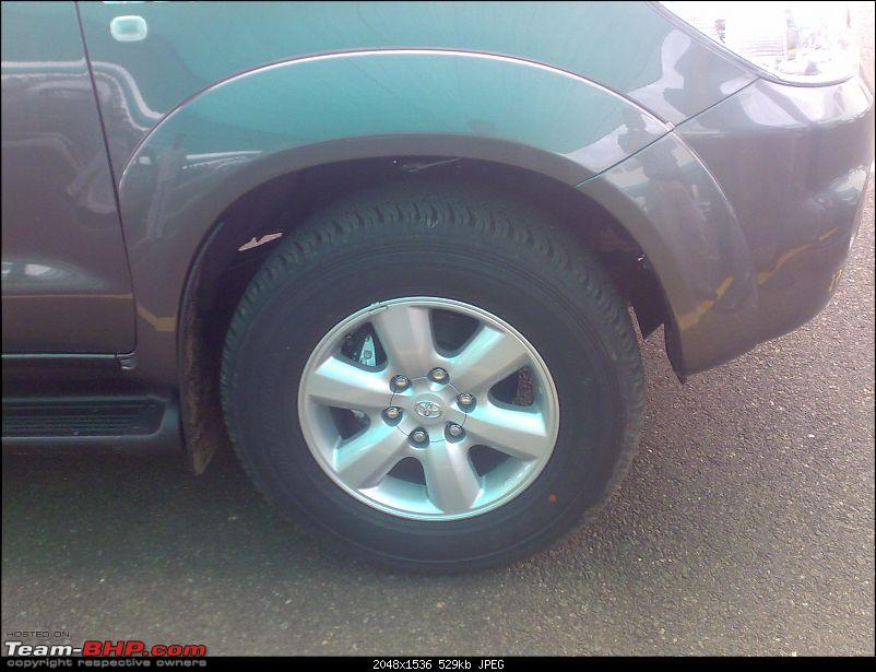 First Drive on the Fortuner EDIT : Launched @ 18.45 lakhs!-26565r17-wheels.jpg