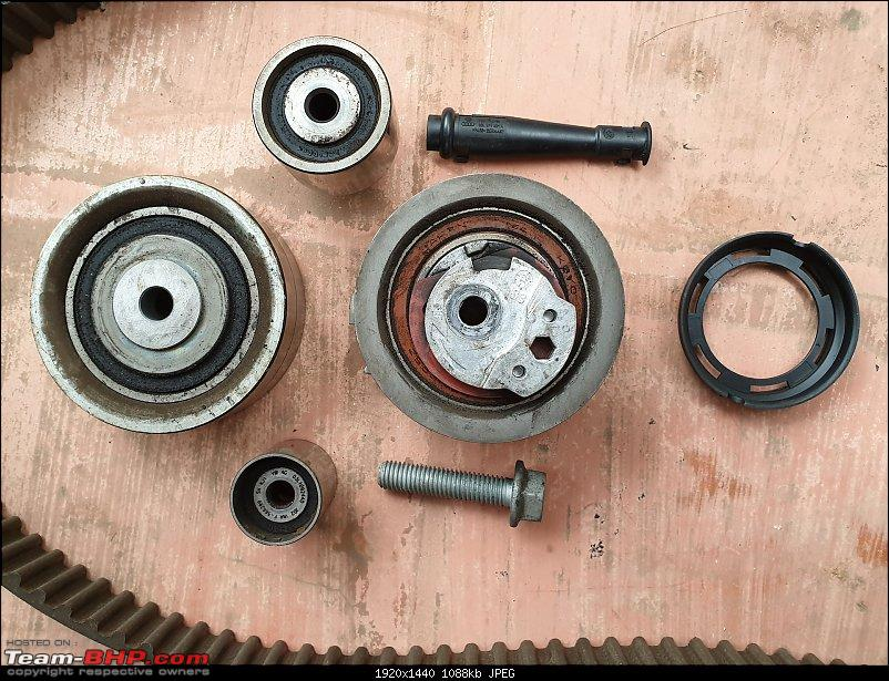 A pre-worshipped VW Jetta joins the family-timing-kit-parts-close-up-1.jpg