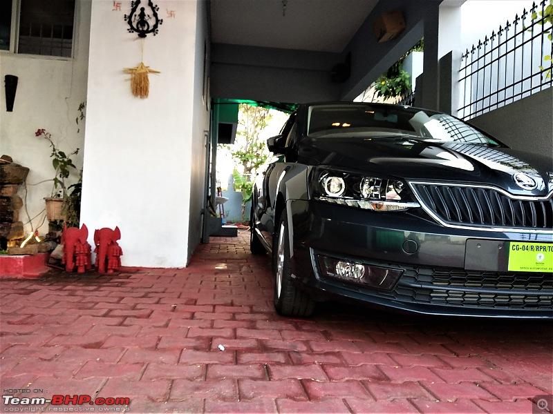 My Skoda Rapid 1.5L Diesel DSG-11a-home-parking.jpg