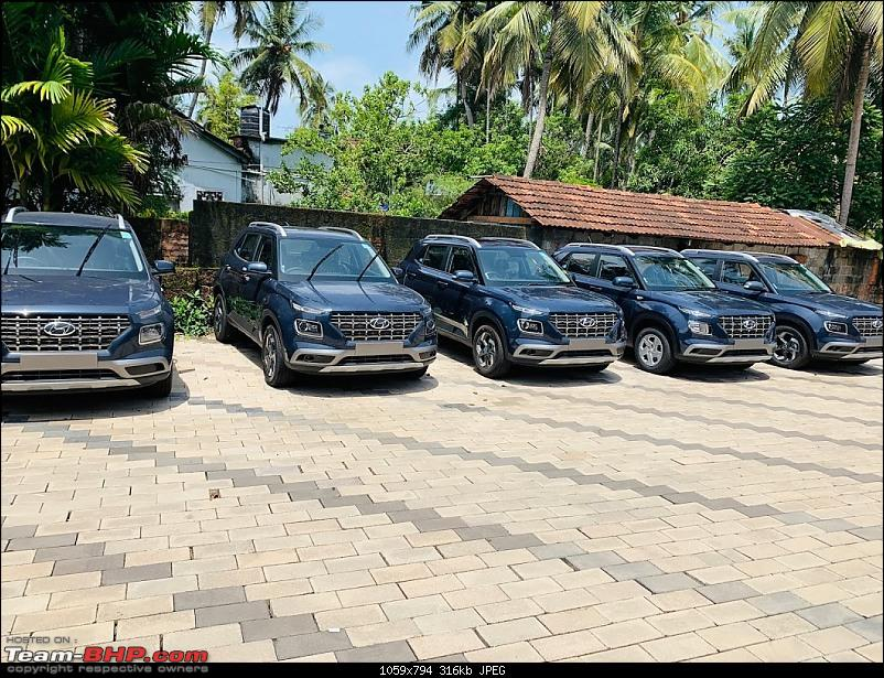 Venue comes home! My Hyundai Venue Turbo-GDI DCT Review-1-first-view-all-blue-cars.jpg