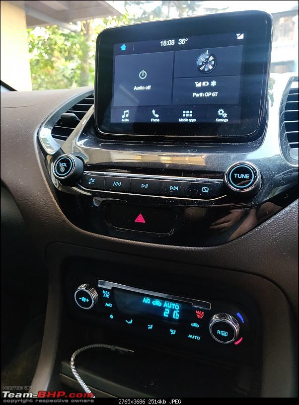 Buying my first car   Ford Freestyle 1.2 Petrol Titanium+ Review-centre-console-vertical.jpg