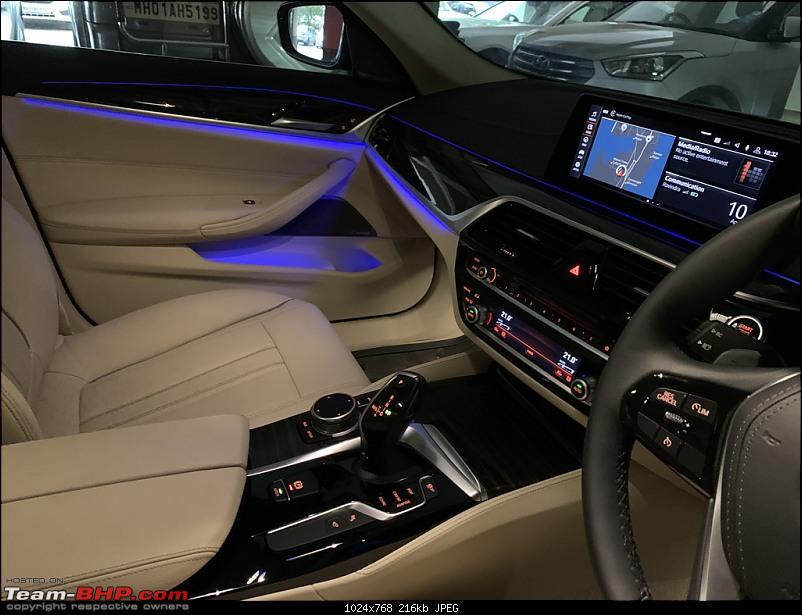 My Blue Bestie   BMW 520d (G30)   Initial Ownership Review-interior-ambient-lighting-1.jpeg