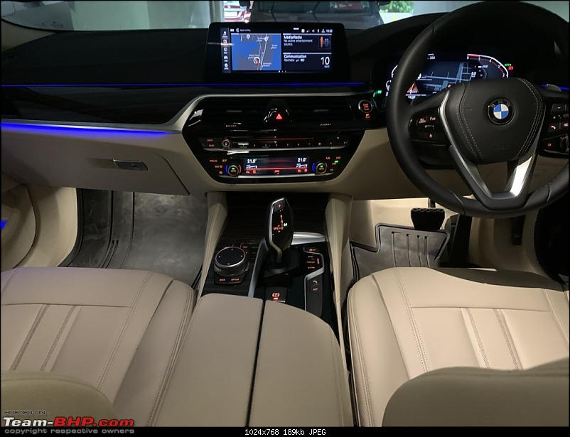 My Blue Bestie   BMW 520d (G30)   Initial Ownership Review-interior-ambient-lighting-4.jpeg