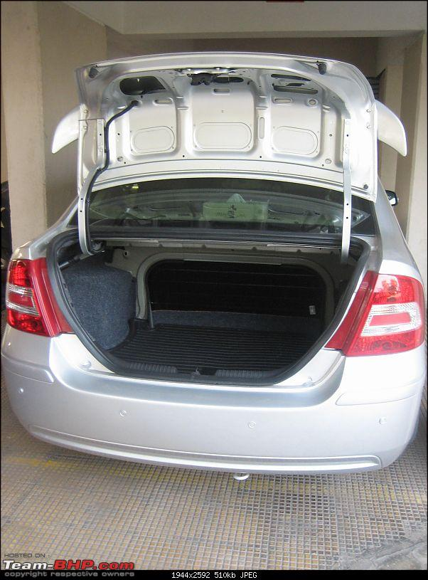 Bought a Ford Fiesta Sxi Premium without a Test Drive-bootspace.jpg