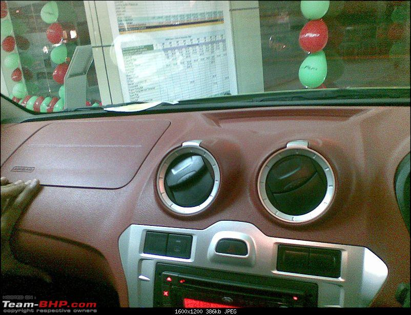 Review: 1st-gen Ford Figo (2010)-26022010007.jpg