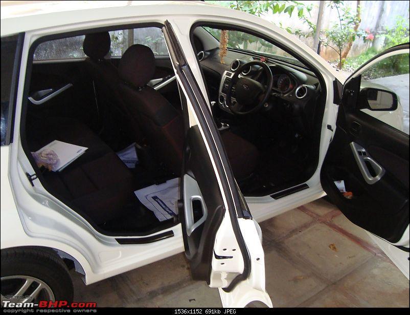 Review: 1st-gen Ford Figo (2010)-scuff-plates.jpg