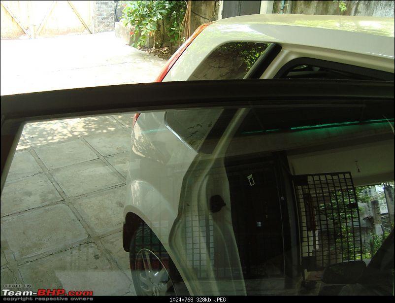 My White Ford Figo 1.4 TDCi Titanium-rear-window-close.jpg