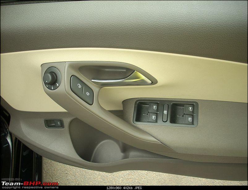 Knight Rider: Black Volkswagen Vento TDI HL-dscn2686.jpg