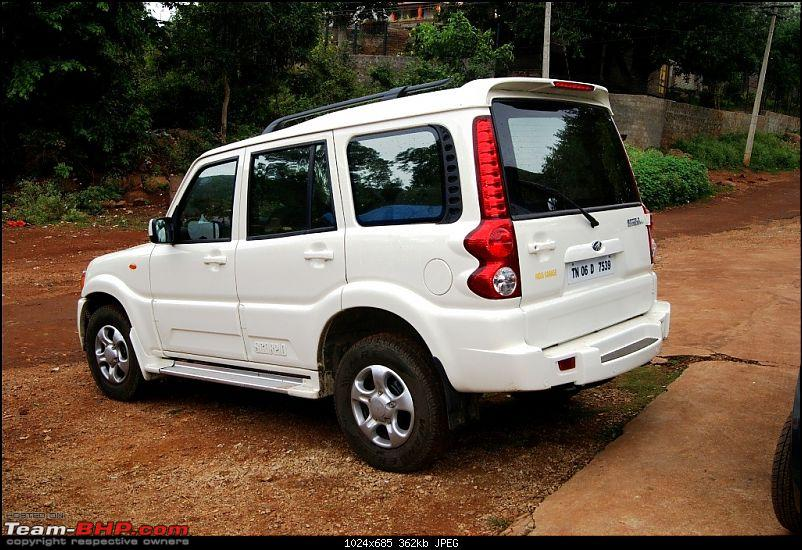 Welcoming home my White Stallion - The Mahindra Scorpio Sle 2.2-rearqtrview.jpg