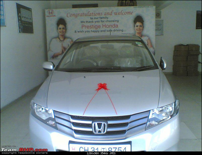 The First All New Honda City in Hyderabad with mileage report-27112008.jpg