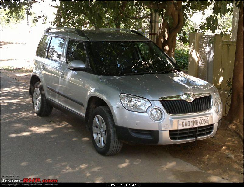 The Silver LittleBigFoot and a Skoda Yeti New Year 2012-11122011673.jpg
