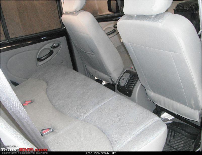 Team-BHP's first Mahindra Scorpio LX 4WD-centreseat.jpg