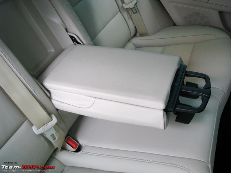 Name:  80 Superb Seats Rear Armrest.JPG Views: 7678 Size:  230.0 KB