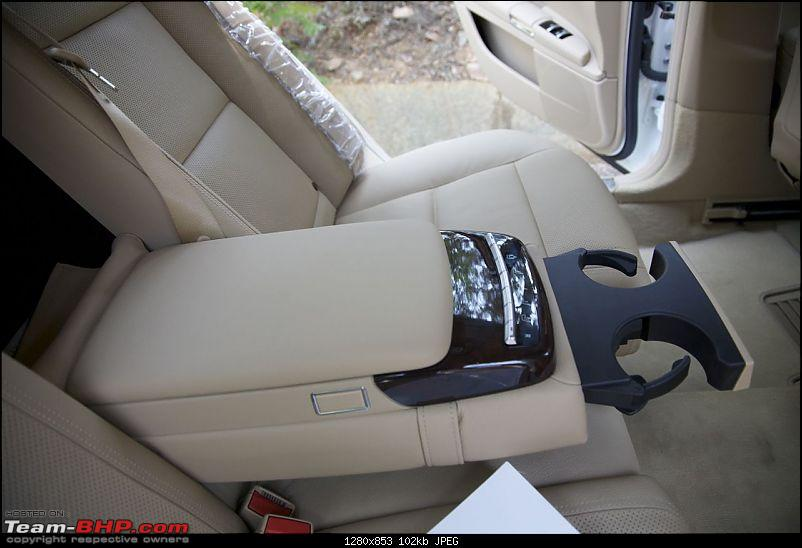 Oh Lord, won't you buy me a Mercedes Benz - W221 S350 initial ownership review-reararmrestimg_5842m.jpg