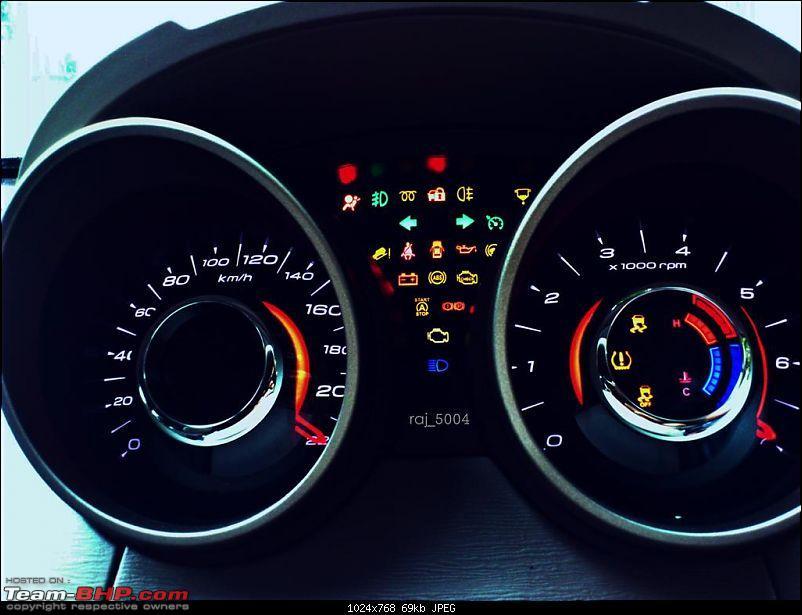 Xoovy - My Mahindra XUV5OO W8-speedo1.jpg