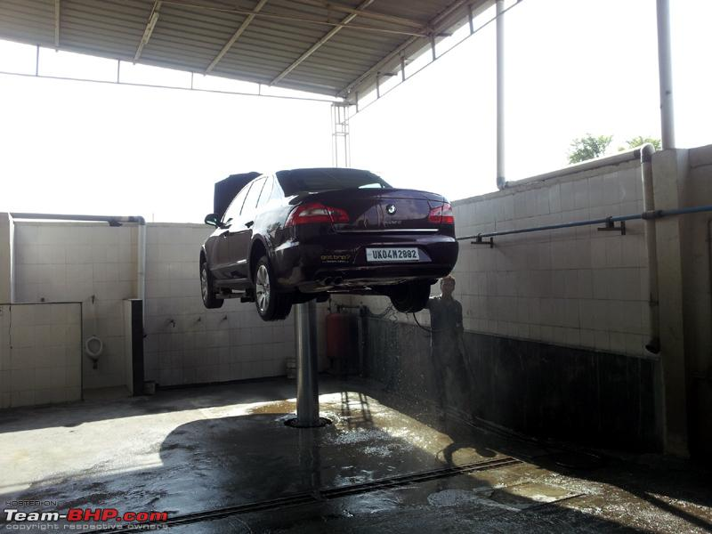 Name:  Superb 1st checkup 17_09_2012 Underbody Wash.jpg