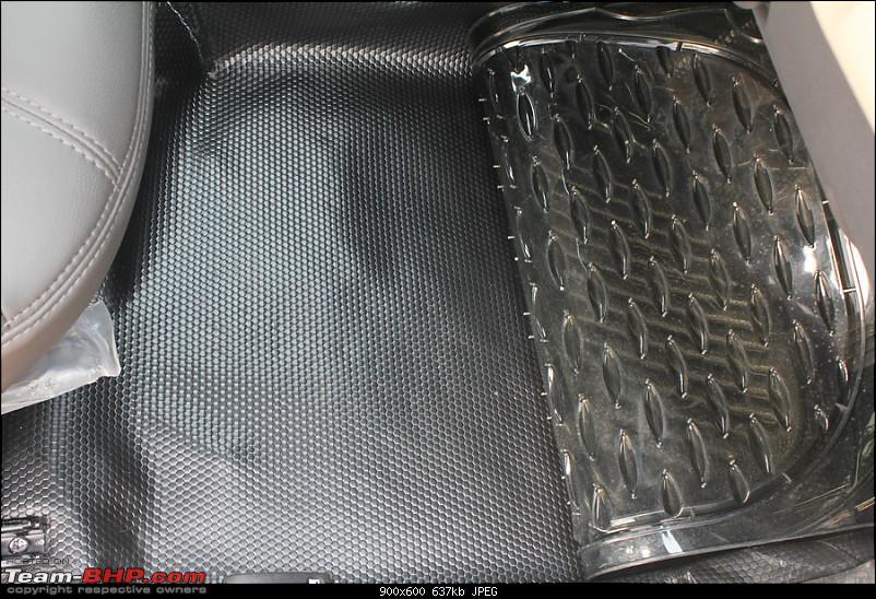 Renault Duster : Blowing the Dust-full-mat.jpg