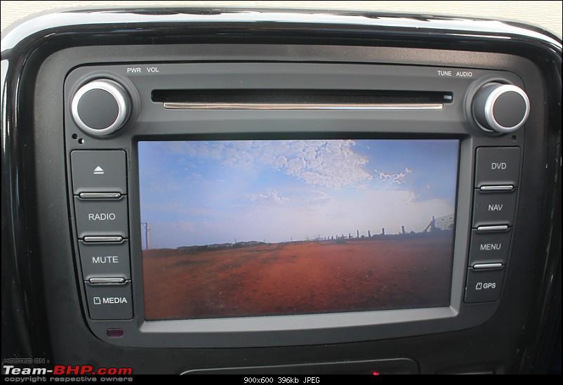 Renault Duster : Blowing the Dust-reverse-camera.jpg
