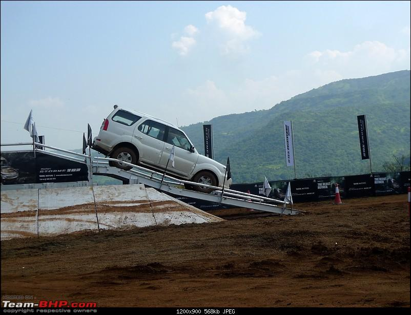Tata Safari Storme : Test Drive and Review. More pics: pg 47-tata-safari-storme051.jpg