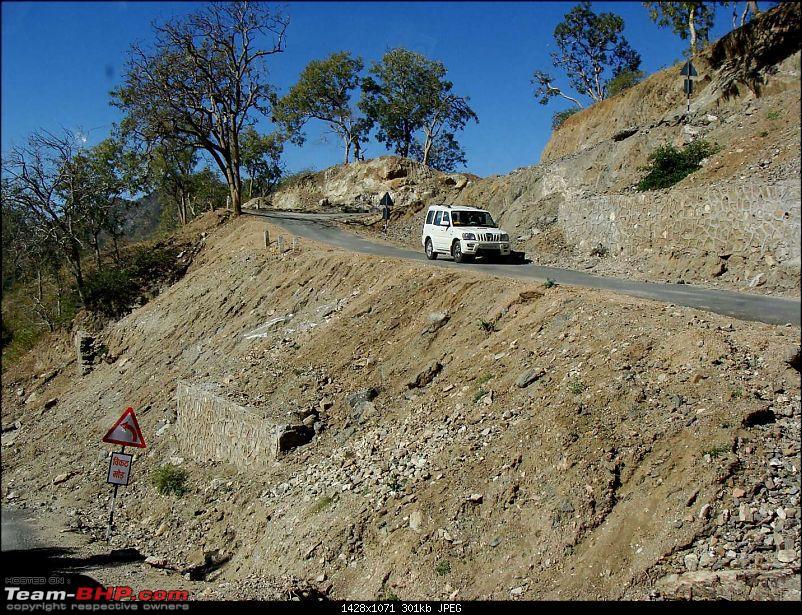 Hawk-On-Fours� (H-4�) Roadtrip: Kumbhalgarh & Ranakpur-toranakpur-15.jpg