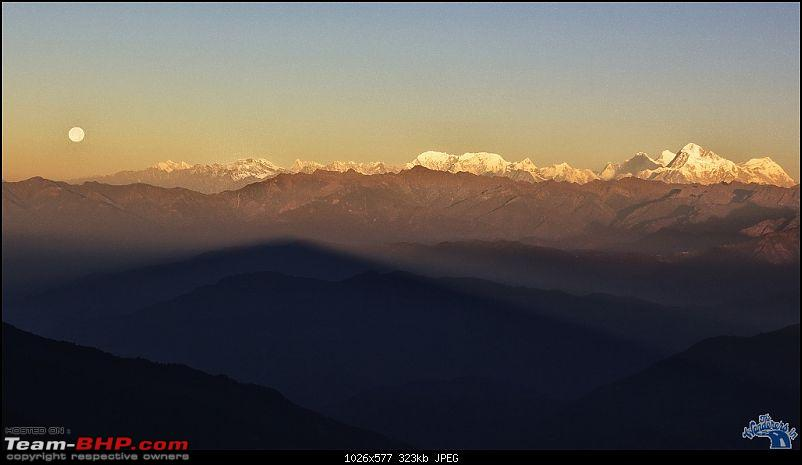 Destination Sandakphu, the Land Rover territory. Update - another trip till Phalut-moonset-along-mt-everest-range-phalut.jpg