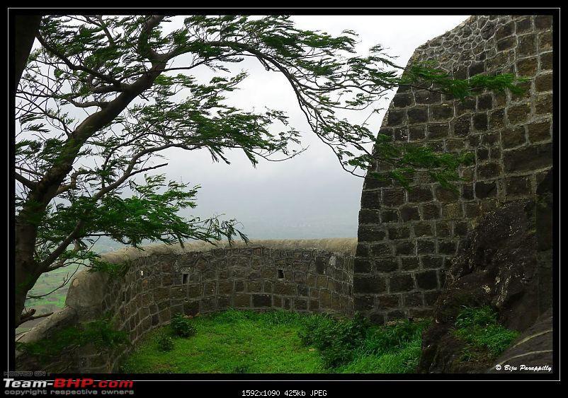 Around Pune : Go SLO - Shivneri, Lenyadri, Ozar-p1090189.jpg