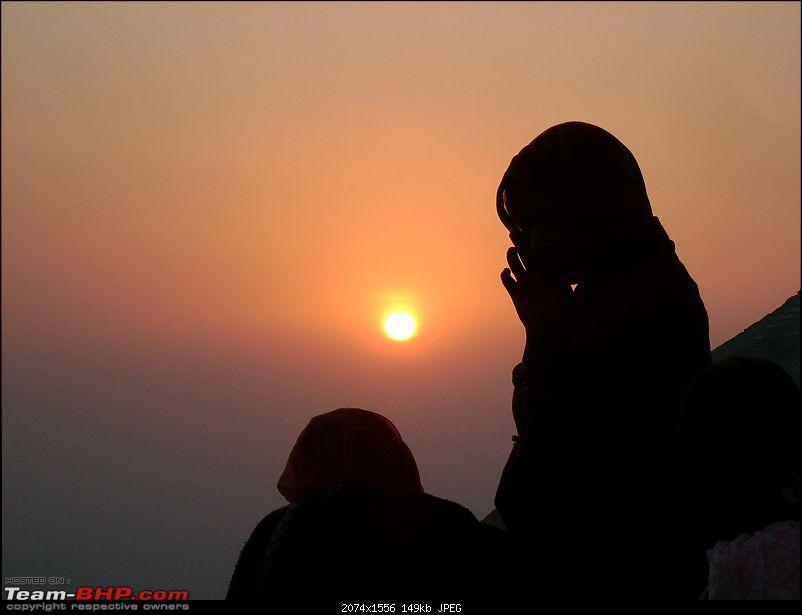 3,800 kms across 4 States in 9 Days - A Family Sojourn in 'LUV' Ertiga-suncet-mt-abu.jpg