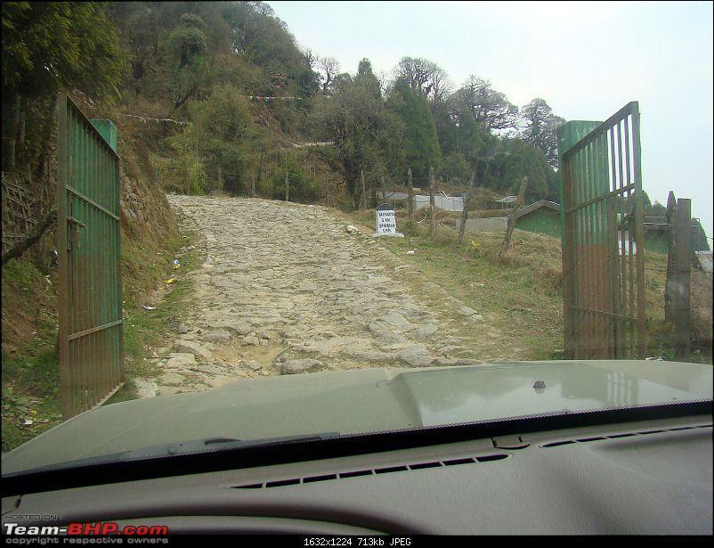 Sandakphu Phalut Kolakham - Unleashing a Mahindra Scorpio on Land Rover territory-dsc00068.jpg
