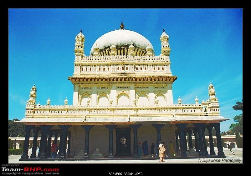 Wedding bells in the hills!::Pune-BLR-Mysore-Masinagudy-Ooty-Gudalur-Mysore-BLR-Pune-gumbaz2.jpg