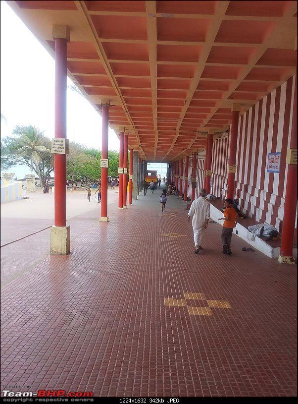 South Eastern Tamil Nadu Trip, on Summer Vacation-tiruchendoor-temple-passage.jpg