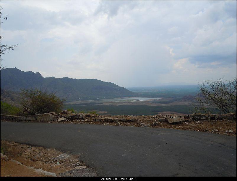 Drive down Kodaikanal-Pannaikadu-Thandikudi-Sitharevu-Dindugul-plainswater.jpg