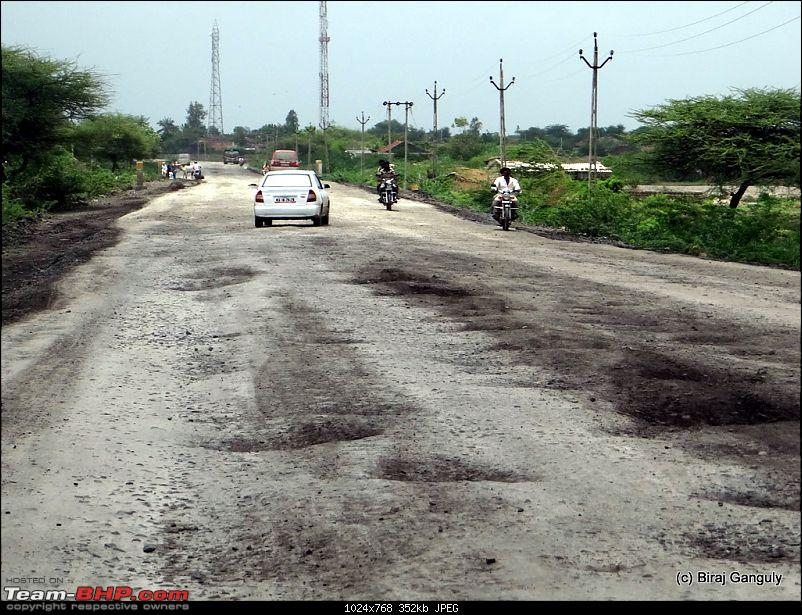 Did the Diu! Delhi-Ahmedabad-Diu in a Punto-pathetic-roads.jpg