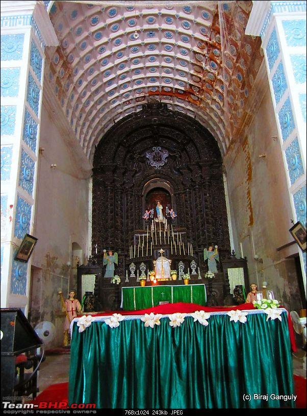 Did the Diu! Delhi-Ahmedabad-Diu in a Punto-church.jpg