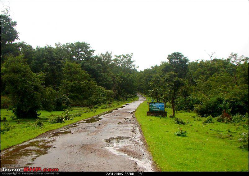 Monsoon Break 2013…Hills, waterfalls and temples (Redux) : Mumbai to Karnataka-enroute-sathodi-3.jpg