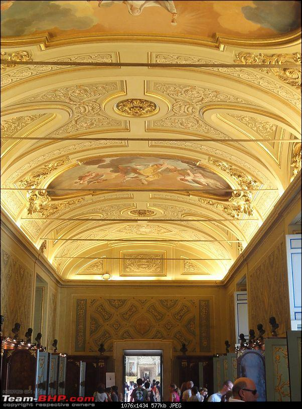 An Old Travelogue - Italy 2006-vatican-museum-2.jpg