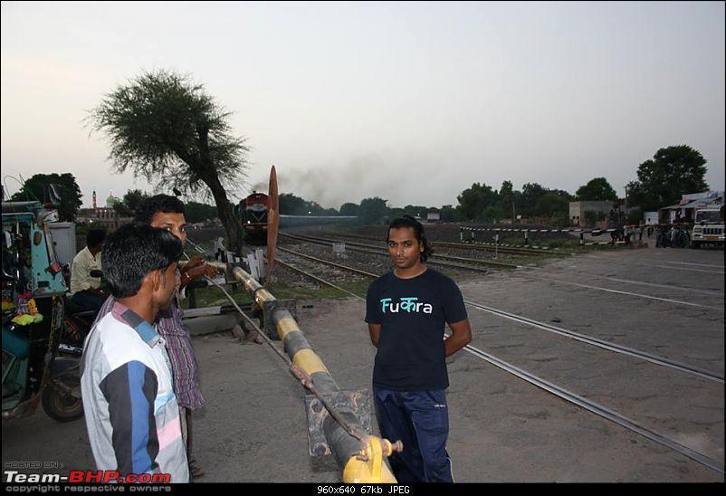 25-0-40 DownUnder to UpOver - LEH'd 2013-railwaygate_drama_1.jpg