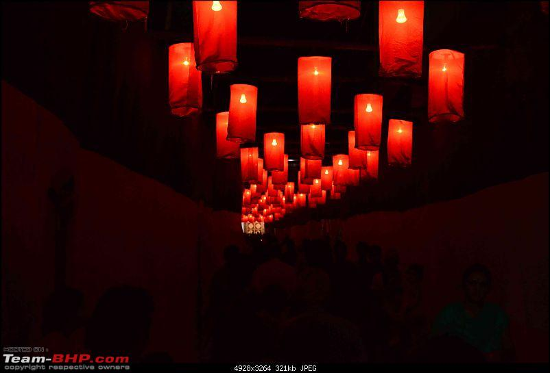 Killing boredom 15000 ft above sea level : Clouds, Hills & Divinity!-lanterns.jpg