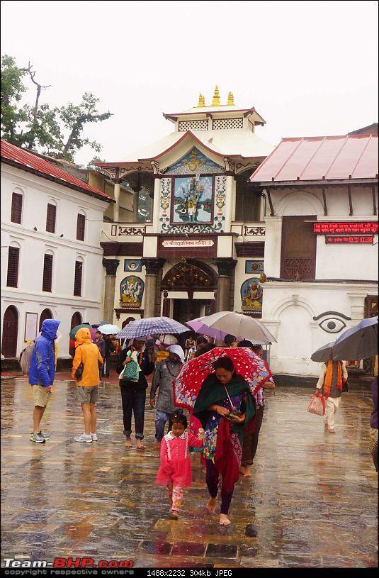 Nepal (Kathmandu and Pokhara) : Dashain, Religion, Phailin and Fun-pashupatinath-t0.jpg