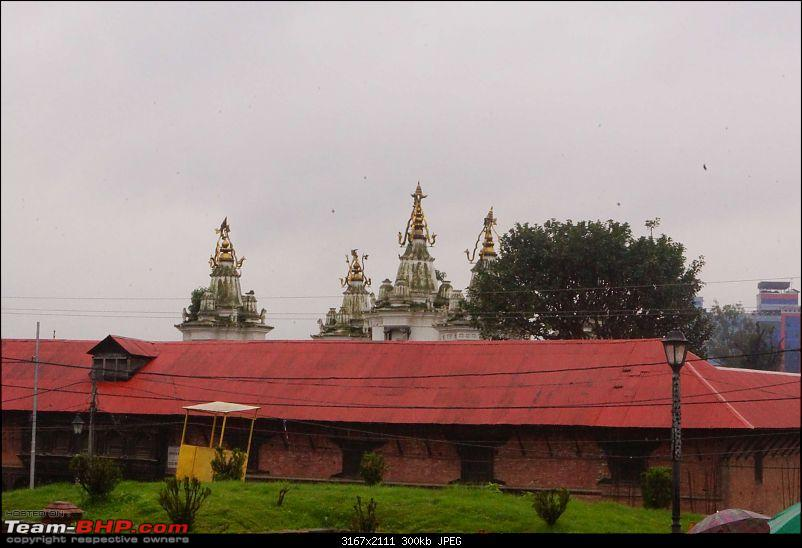 Nepal (Kathmandu and Pokhara) : Dashain, Religion, Phailin and Fun-pashupatinath-22.jpg