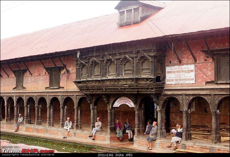 Nepal (Kathmandu and Pokhara) : Dashain, Religion, Phailin and Fun-pashupatinath-24.jpg
