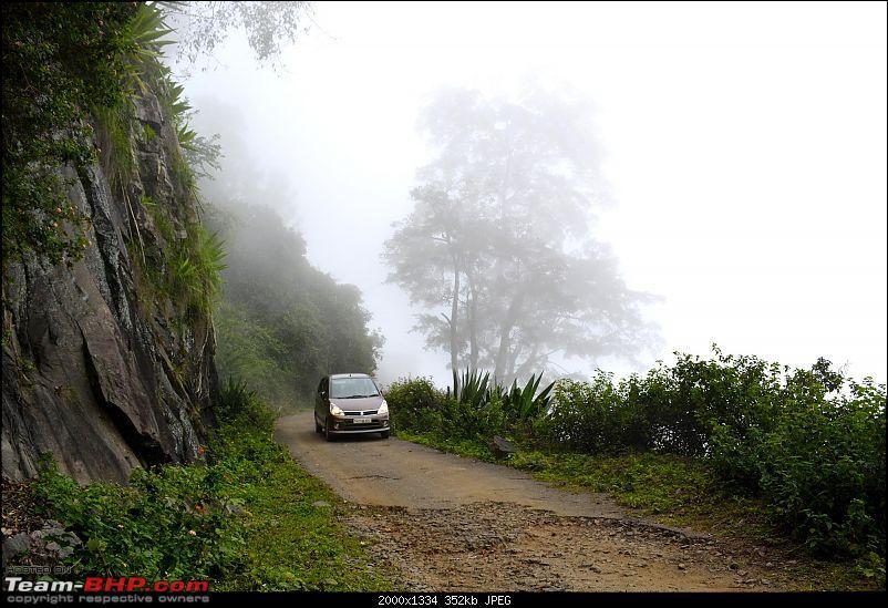 Driving down Kodaikanal - The Adukkam Route-s_mistestilo.jpg