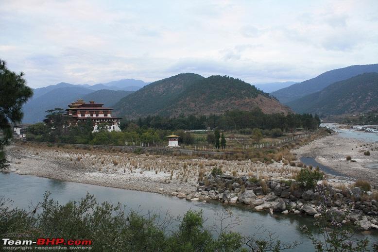 Name:  Punakha Dzong and Rivers.jpg Views: 12906 Size:  173.5 KB