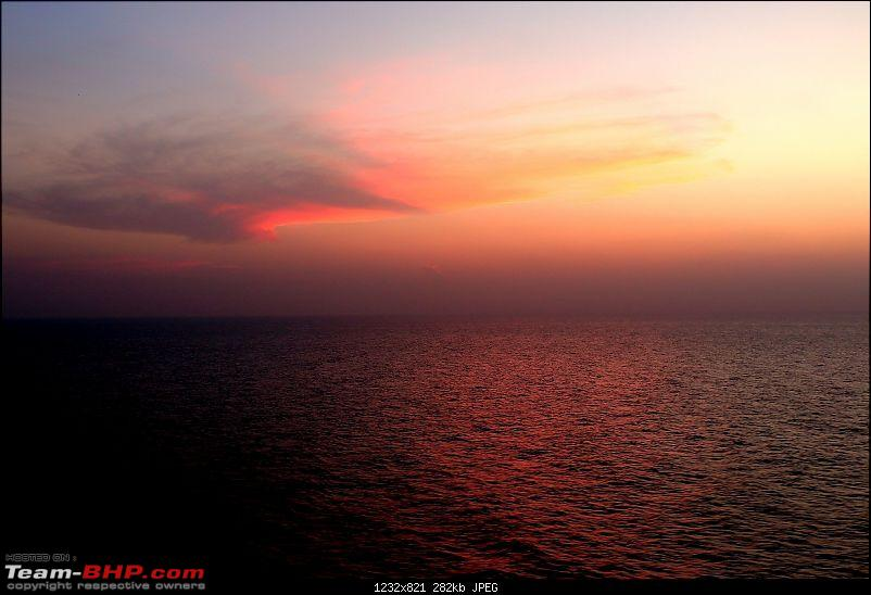 Timeless Travel: A Journey of 8,400 Nautical Miles across the 7 Seas!-flow-colours-red-sea.jpg