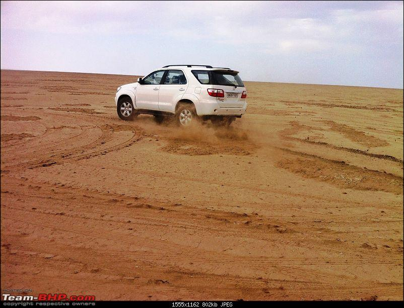 The RANN to Kutch in my Fortuner-dancing-2.jpg
