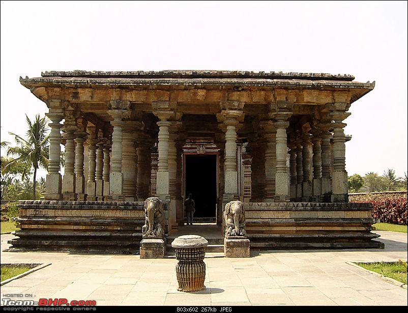 'Xing'ing around ! - An incomplete guide to Hoysala temples ;-)-76.jpg