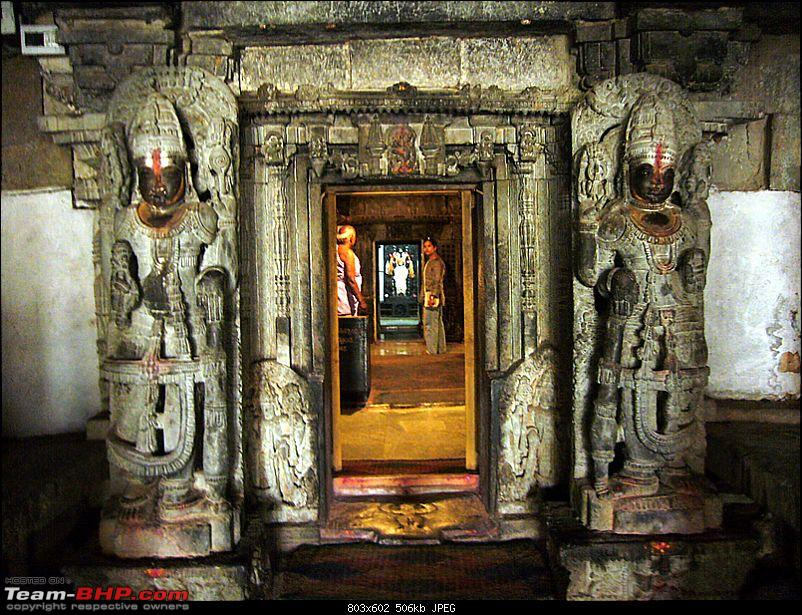 'Xing'ing around ! - An incomplete guide to Hoysala temples ;-)-918.jpg