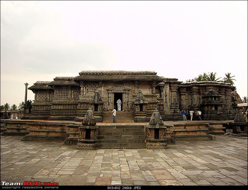 'Xing'ing around ! - An incomplete guide to Hoysala temples ;-)-102.jpg