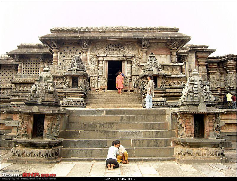 'Xing'ing around ! - An incomplete guide to Hoysala temples ;-)-108.jpg
